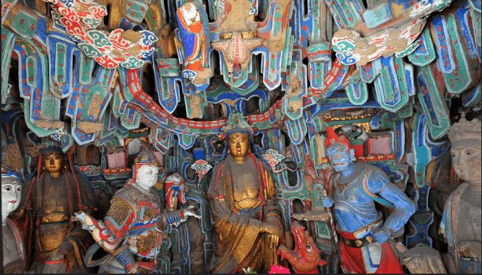 Kiến trúc bên trong chùa Huyền Không