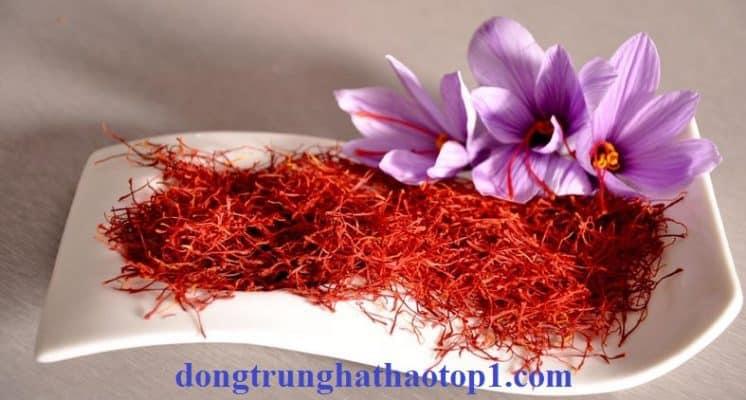 Phụ nữ đang mang thai không được sử dụng Saffron Tây Tạng