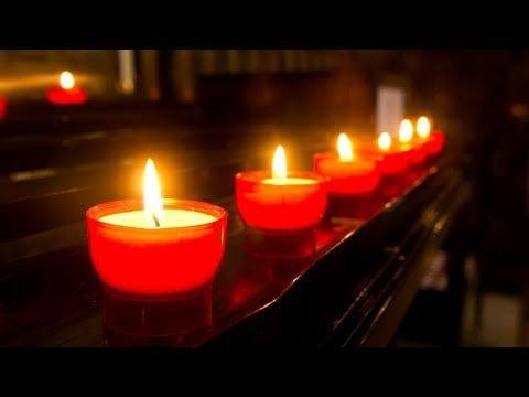 Đối với người tự tử nếu biết nếu thấy chúng ta hãy niệm Phật cho họ, cầu siêu cầu an cho họ