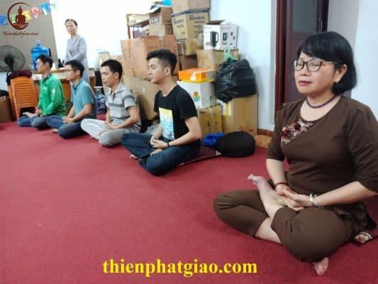Lớp Học Thiền - Khí Công Hoa Vô Ưu Giúp Tĩnh Tâm, Chữa Lành Bệnh Tật